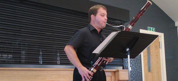 robert_howard_musician_slide